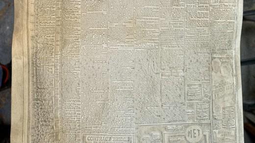 2015-01-18_0RA9266_v1_LTM-PC 1980px | Papier-mâché newspaper mats (flong) 1937